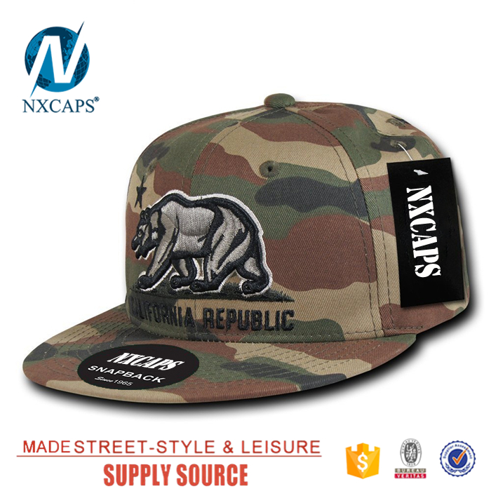 Snapback hat two tone fashion sport hat Embroidery bear California Republic 6 panel  two tone Snapbacks cap own sticker