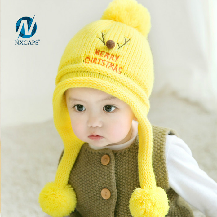 Custom kids beanie winter cap with three ball pom pom knitted beanie hat wholesale baby beanie hats