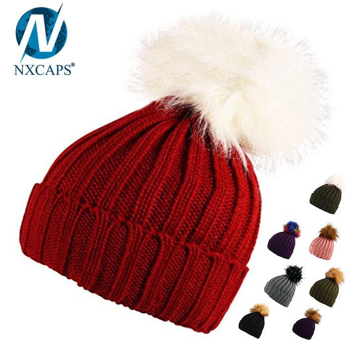 Wholesale plain pom pom beanies winter hat with fur ball beanie