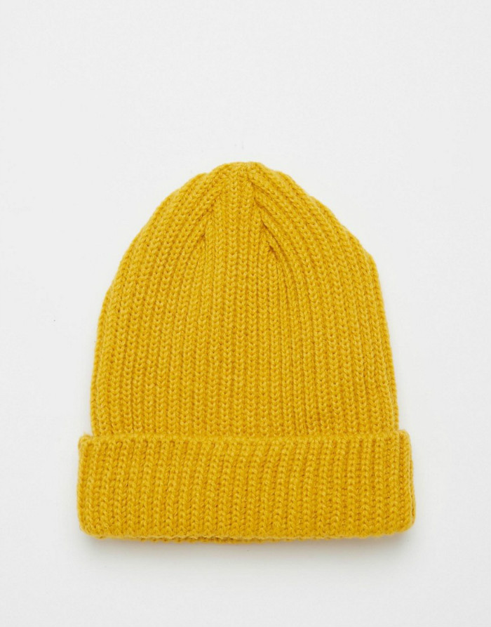 Custom cable knit beanie in yellow fisherman oversized beanie hat knitting pattern