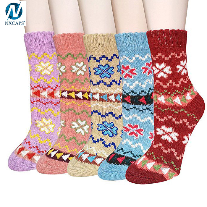 Custom Cute Home Socks Women Winter Thick Warm Soft Wool Knitted Vintage Style Fair Isle Crew Sock Wholesale