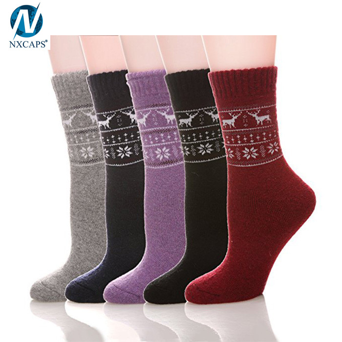 Women Winter Wool Socks Custom Logo Snow Jacquard Knit Cable Thick Warm Thermal Sock