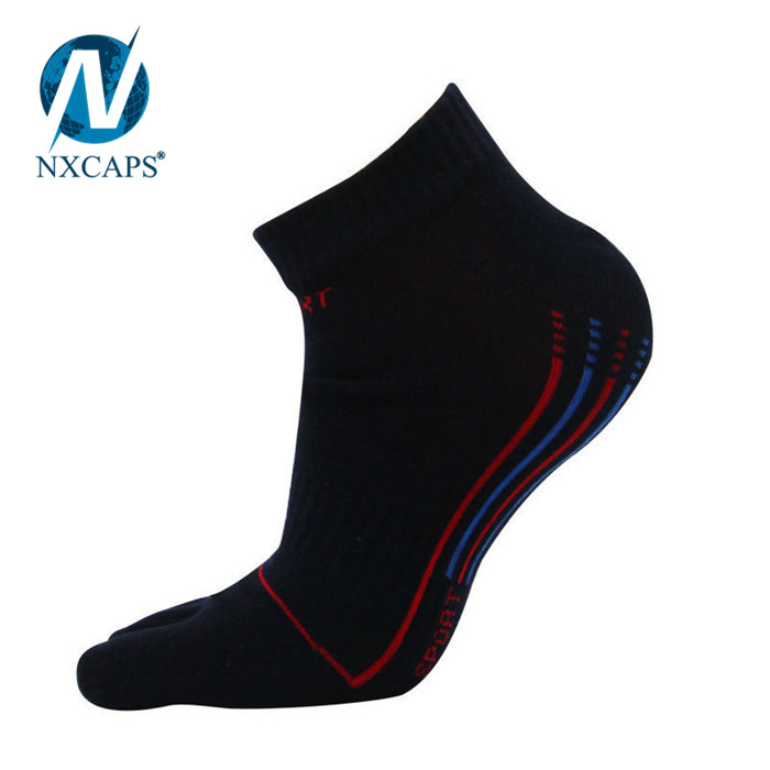 Personalized non slip floor Girl sports yoga sock Ladies cute non slip floor socks bamboo socks