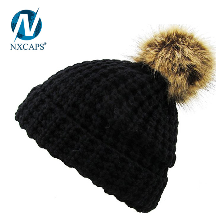 Wholesale plain women pom beanie caps rasta stripe hat custom cotton beanie hats pom pom winter sports hat