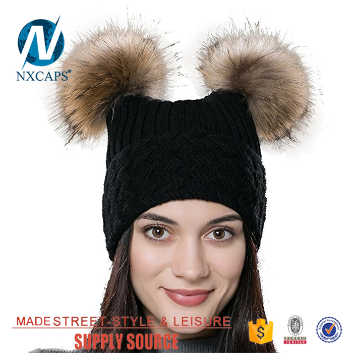 Beanie hat with two balls knitted cap wholesale Adults free knitted Gray beanie hat pattern slouch beanies hat Double pom pom acrylic hat jacquard pattern fur pom pom beanies hats custom logo slouch knitted cap