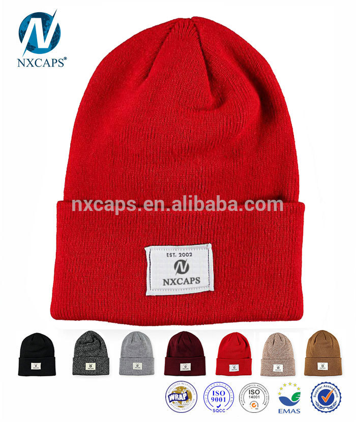 Custom Wholesale factory cheap Plain jacquard knitted pom beanie hats Winter Ladies men Fashion Hats manufacture with woven label